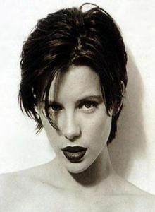Kate-Beckinsale-short-hairstyle